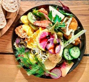 Vegane Frühstücksbowl