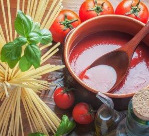 Schnelle Tomatensauce vegan