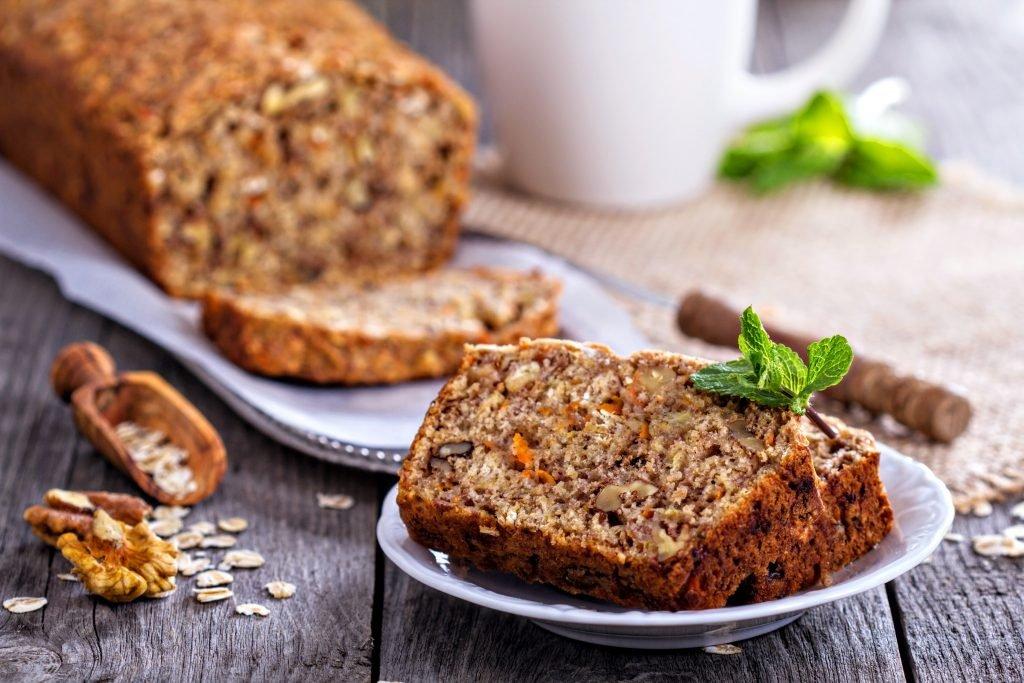 Saftiges Möhren-Nuss-Brot
